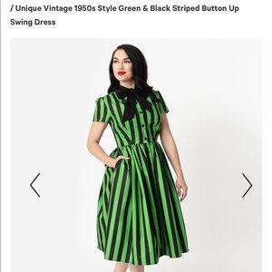 Size 8-10 brand new Never worn 50s vintage dress